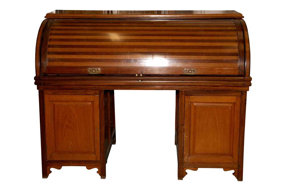 AN ANGLO INDIAN TEAK AND ROSEWOOD CYLINDER BUREAU, MID 20TH CENTURY - Image 2 of 4