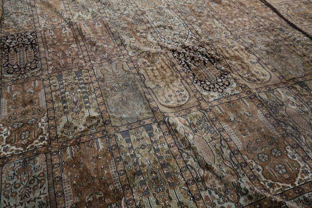AN INDIAN CARPET OF GARDEN DESIGN - Image 6 of 10