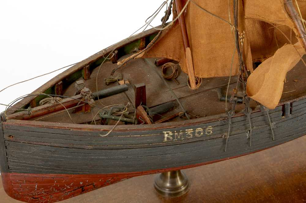A WOODEN MODEL OF A CLINKER BUILT KETCH, MID/ LATE 20TH CENTURY - Image 3 of 3