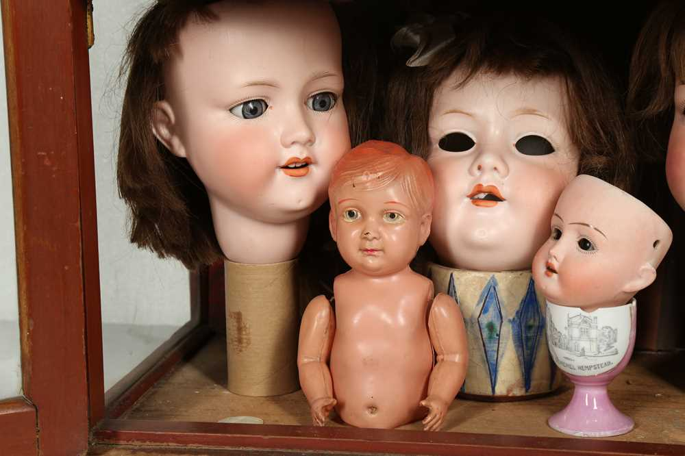 DOLLS: AN ARMAND MARSEILLE 390 BISQUE DOLL HEAD, EARLY 20TH CENTURY - Image 6 of 15