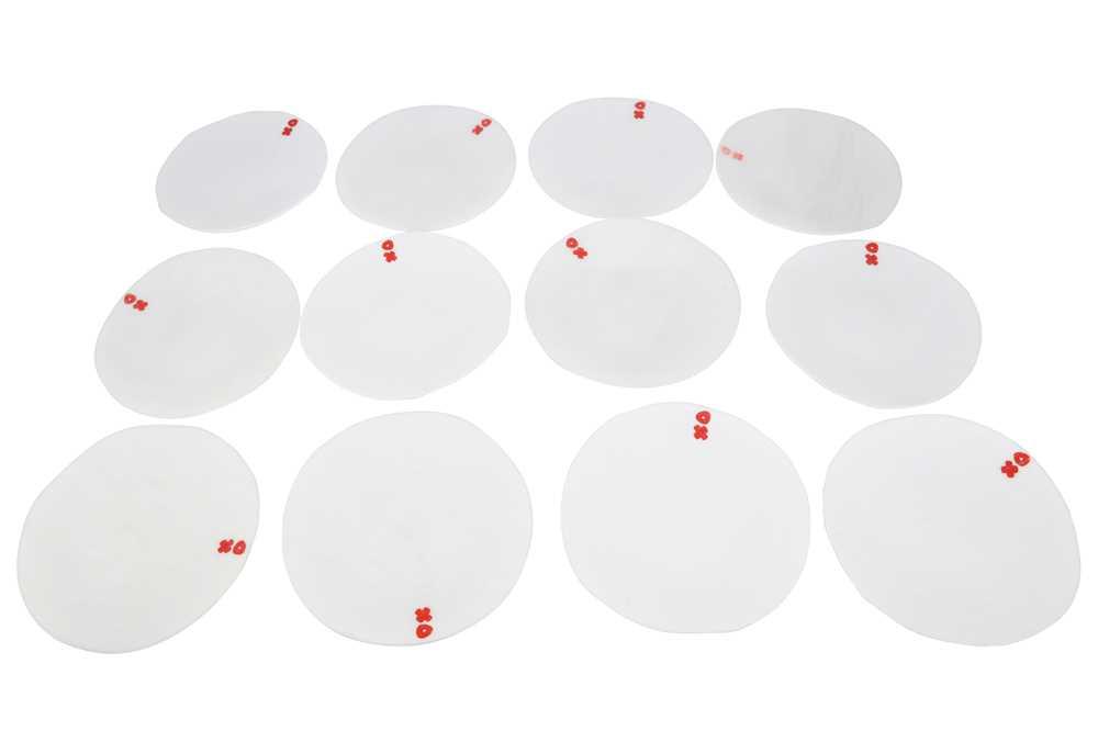 LUESMA & VEGA, SPAIN, A SET OF TWELVE WHITE GLASS DISHES, 21ST CENTURY