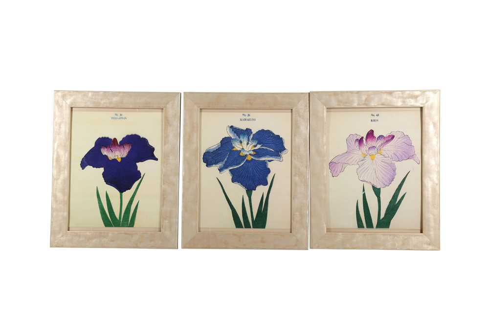 A COLLECTION OF TWELVE CONTEMPORARY JAPANESE PRINTS OF IRIS - Image 4 of 4