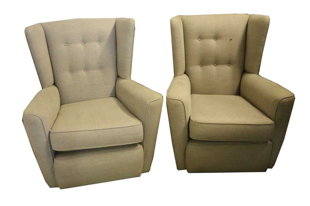 A PAIR OF CONTEMPORARY WINGBACK ARMCHAIRS