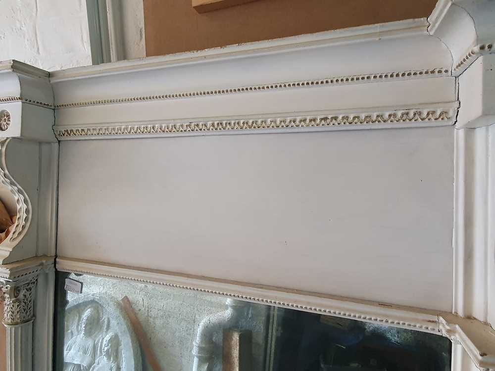 A REGENCY WHITE PAINTED AND PARCEL GILT PIER MIRROR, CIRCA 1830S AND LATER - Image 4 of 10