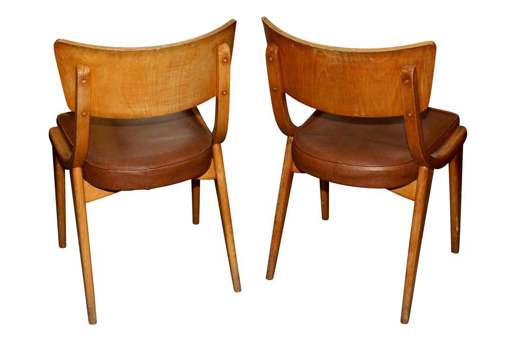 BENCHAIRS OF STOE, TWO PAIRS OF SIDE CHAIRS, CIRCA 1960S - Image 4 of 8