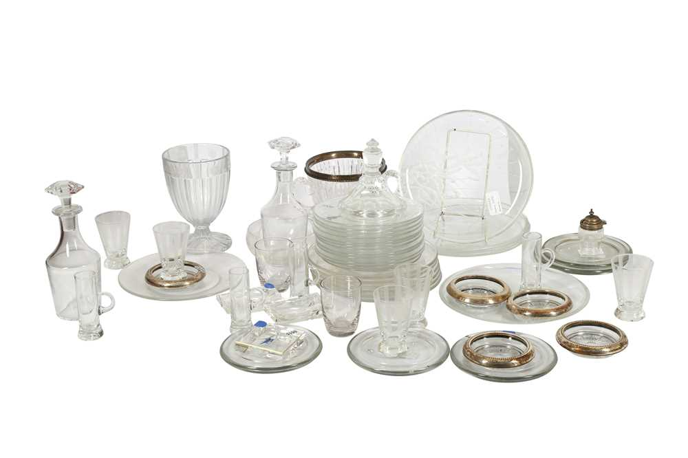 A COLLECTION OF TWELVE GLASS PLATES,