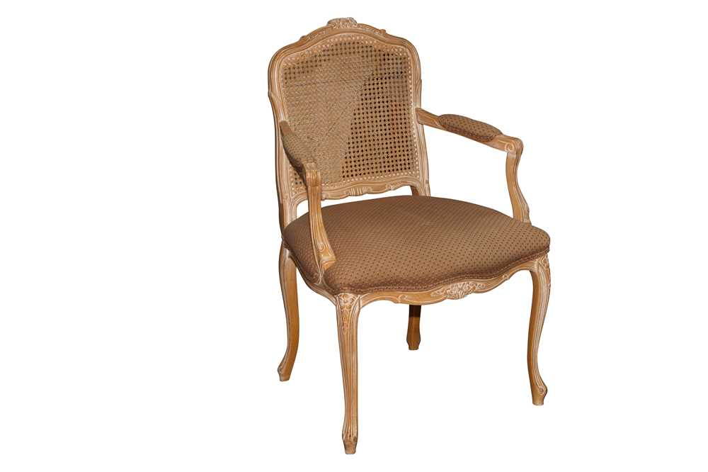 A FRENCH LOUIS XV STYLE LIMED BEECH FAUTEUIL, LATE 20TH CENTURY