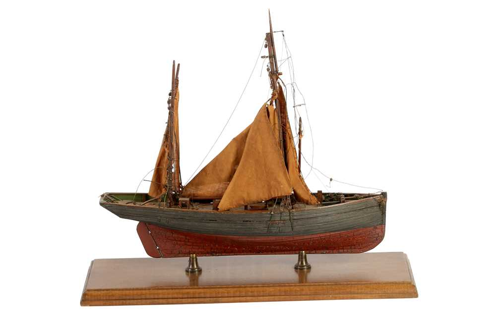 A WOODEN MODEL OF A CLINKER BUILT KETCH, MID/ LATE 20TH CENTURY - Image 2 of 3