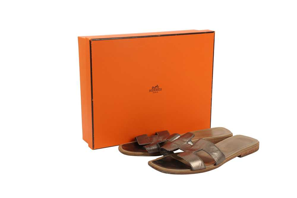Hermes Oran Sandals Teal and Bronze - Size 39 - Image 5 of 8