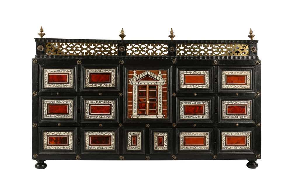 A 17TH CENTURY FLEMISH EBONY, TORTOISESHELL, IVORY, SNAKEWOOD AND BONE COLLECTOR'S CABINET - Image 3 of 12