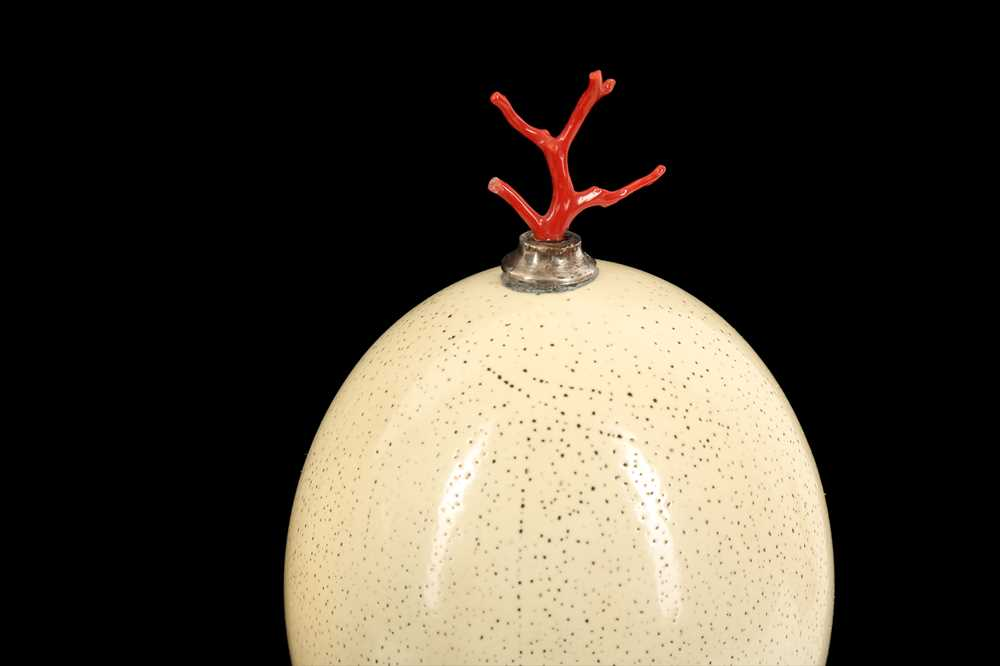 A PAIR OF MID-CENTURY OSTRICH EGGS MOUNTED WITH MEDITERRANEAN CORAL - Image 5 of 6