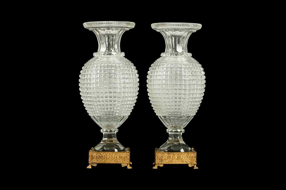 A PAIR OF EARLY 20TH CENTURY ORMOLU AND CUT GLASS VASES, POSSIBLY BACCARAT - Image 3 of 6
