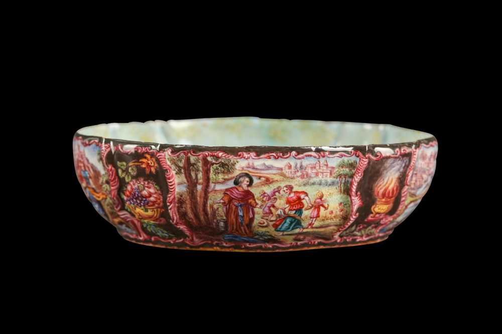 A LATE 19TH CENTURY VIENNESE ENAMEL BOWL - Image 2 of 6