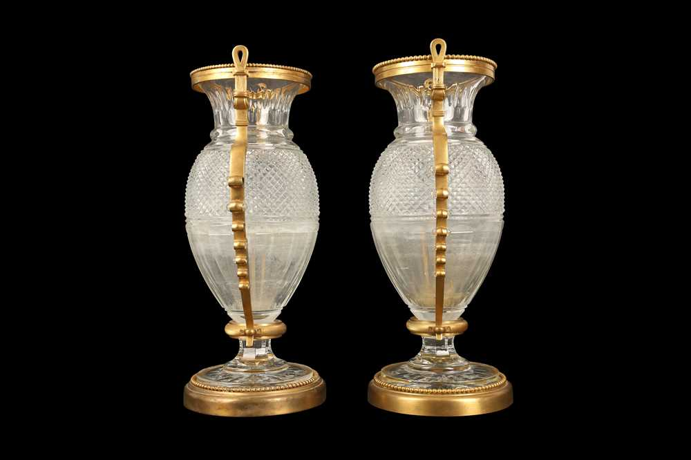 A PAIR OF BELLE EPOQUE STYLE BACCARAT GILT BRONZE MOUNTED GLASS VASES - Image 3 of 6