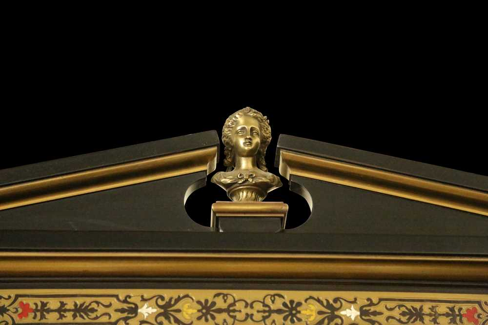 A FINE 19TH CENTURY FRENCH EBONISED BOOKCASE INLAID WITH IVORY, PEWTER AND STAINED TORTOISESHELL NAP - Image 2 of 7