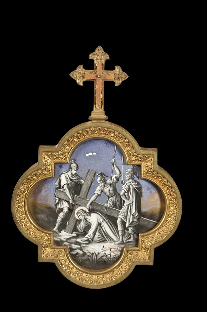 A SET OF LATE 19TH CENTURY FRENCH GILT BRONZE AND PORCELAIN PANELS DEPICTING THE STATIONS OF THE CRO - Image 7 of 14