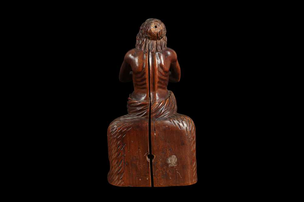 A 17TH CENTURY GERMAN CARVED BOXWOOD FIGURE OF CHRIST ON THE COLD STONE - Image 4 of 6