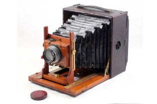 An Unnamed Half Plate Field Camera with Beck Isostigmar Lens.
