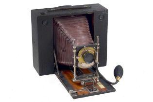 A No.5 Cartridge Kodak Half Plate Camera.