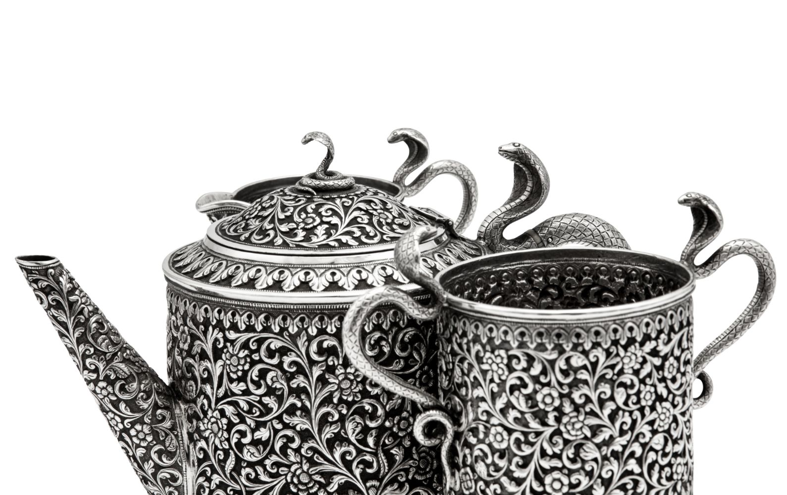 Silver & Objects of Vertu