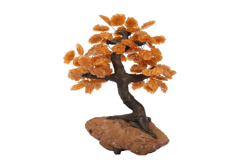 AN AGATE GEODE AND CITRINE MODEL OF A TREE IN BLOSSOM - Image 2 of 4