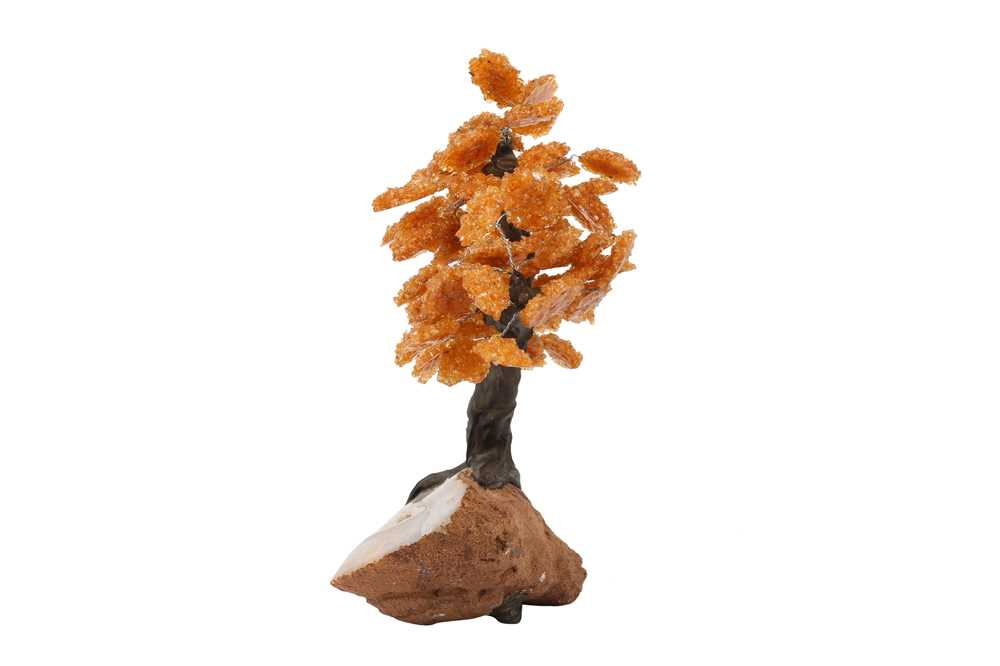 AN AGATE GEODE AND CITRINE MODEL OF A TREE IN BLOSSOM - Image 3 of 4