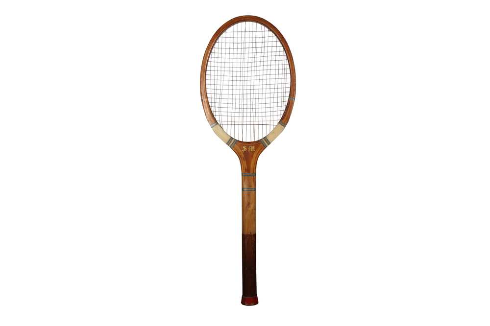 A MASSIVE MODEL OF A TENNIS RACKET - Image 2 of 2