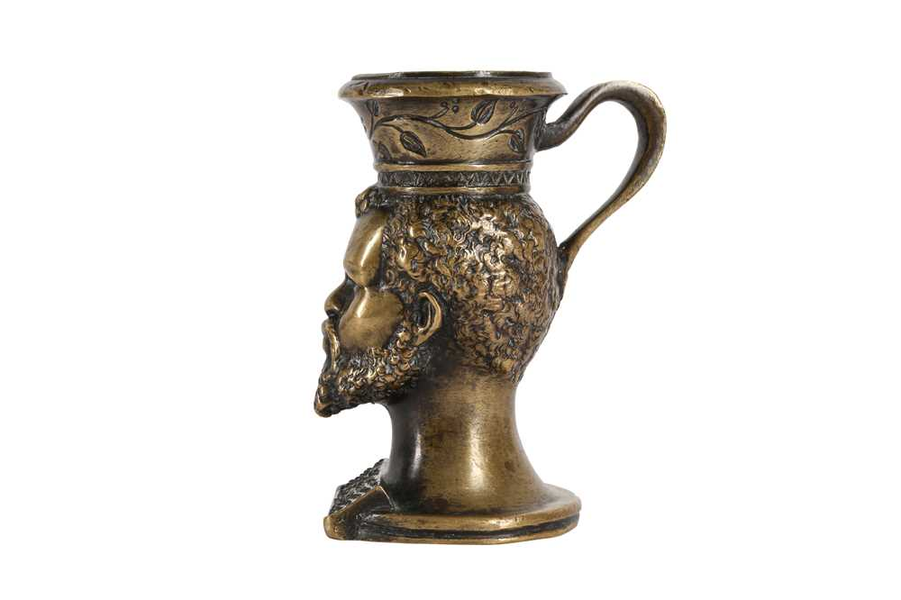 AN EARLY 19TH CENTURY BRONZE TABLE VESTA MODELLED WITH THE HEAD OF A BEARDED NUBIAN - Image 2 of 4