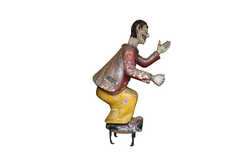 A LARGE ORIGINAL PAINTED FAIRGROUND FIGURE FROM THE PARACHUTE RIDE - Image 4 of 5