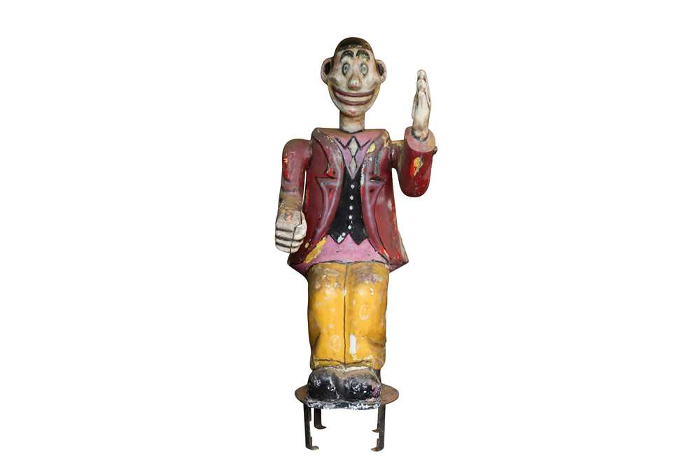 A LARGE ORIGINAL PAINTED FAIRGROUND FIGURE FROM THE PARACHUTE RIDE - Image 2 of 5