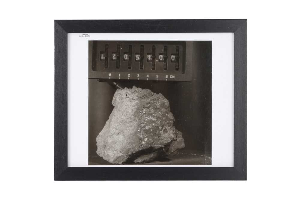 A SET OF SIX VINTAGE PRINTS OF MOON ROCKS COLLECTED BY THE ASTRONAUTS OF APOLLO 12 CIRCA 1969 - Image 2 of 7