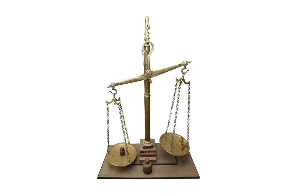 A MASSIVE SET OF LATE 19TH CENTURY ENGLISH FLOOR STANDING BRASS WEIGHING SCALES
