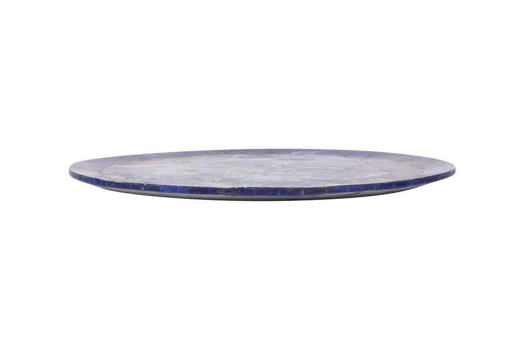 A LAPIS LAZULI VENEERED CIRCULAR DISH - Image 3 of 3
