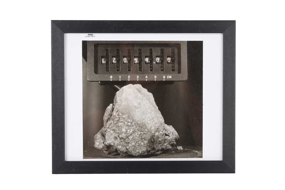 A SET OF SIX VINTAGE PRINTS OF MOON ROCKS COLLECTED BY THE ASTRONAUTS OF APOLLO 12 CIRCA 1969 - Image 3 of 7