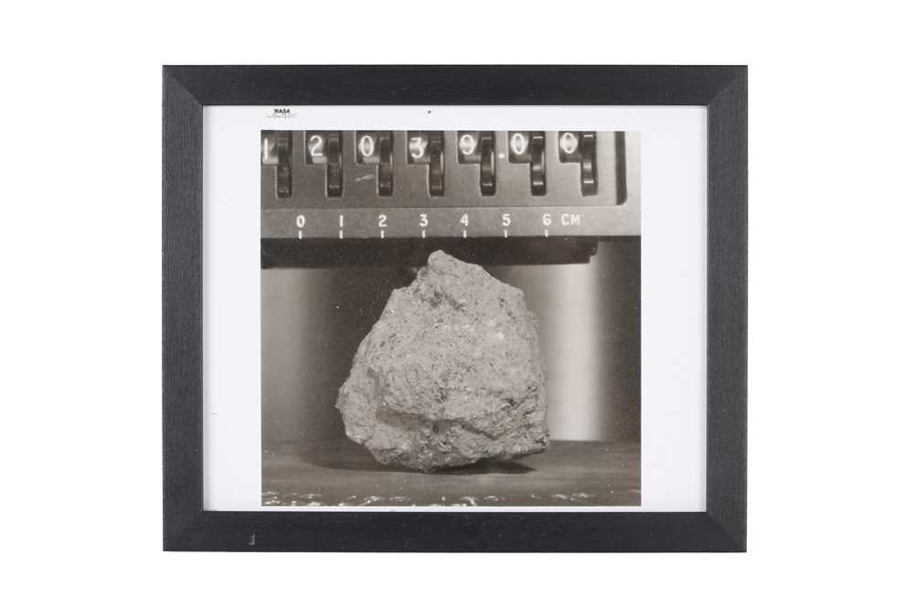A SET OF SIX VINTAGE PRINTS OF MOON ROCKS COLLECTED BY THE ASTRONAUTS OF APOLLO 12 CIRCA 1969 - Image 6 of 7