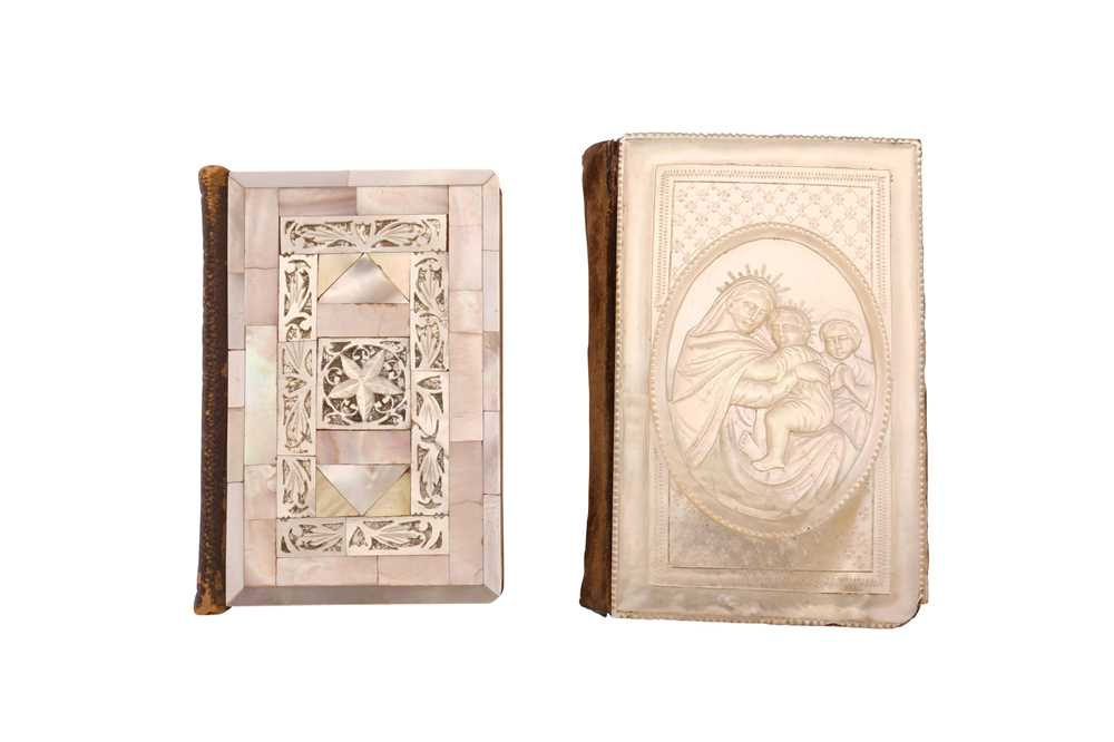 SIX 19TH CENTURY JERUSALEM MOTHER OF PEARL DECORATED CRUCIFIXES TOGETHER WITH TWO BOOKS - Image 3 of 6
