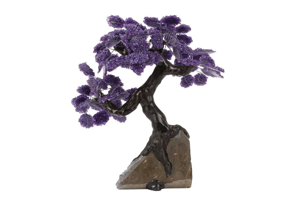 AN AMETHYST GEODE AND AMETHYST CHIP MODEL OF A TREE IN BLOSSOM - Image 2 of 4