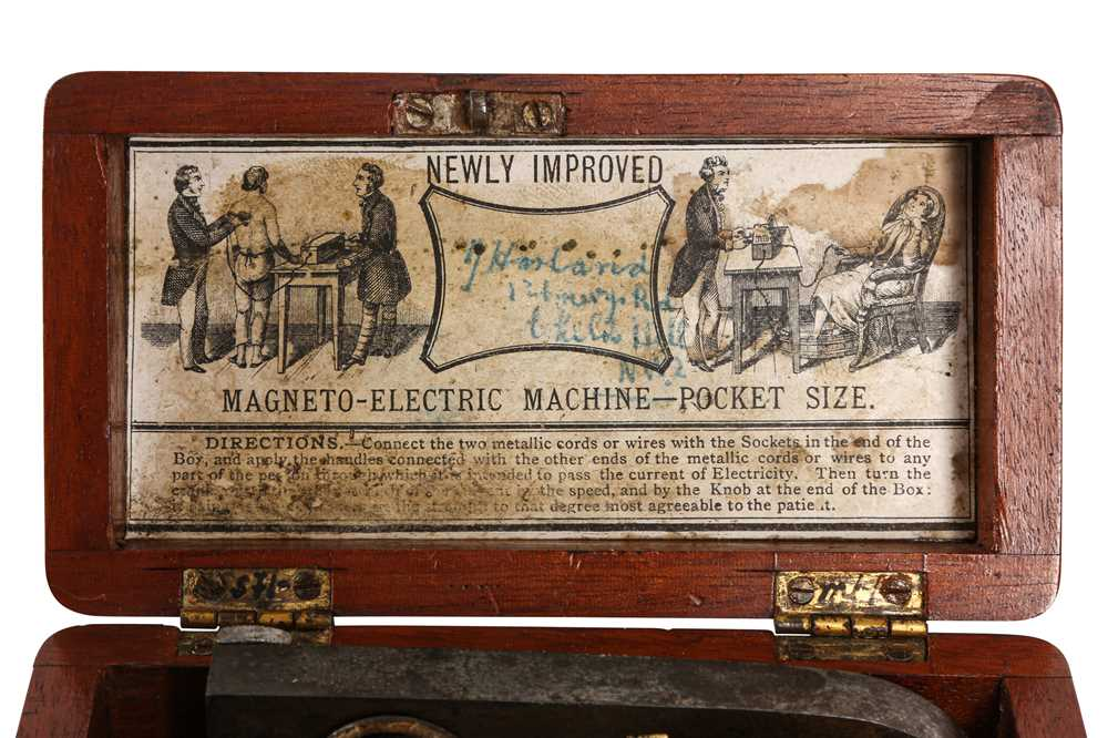 A VICTORIAN POCKET-SIZED ELECTRIC SHOCK MACHINE - Image 3 of 5