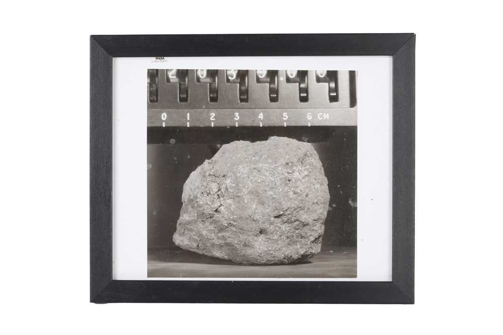A SET OF SIX VINTAGE PRINTS OF MOON ROCKS COLLECTED BY THE ASTRONAUTS OF APOLLO 12 CIRCA 1969 - Image 7 of 7