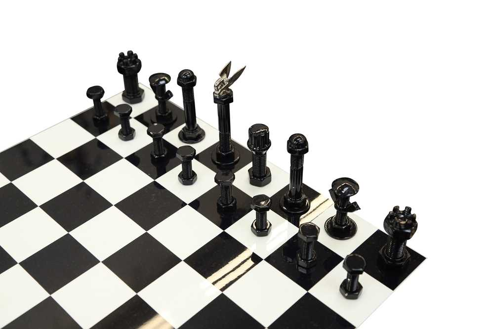 A ROLLS ROYCE AND BENTLEY THEMED CHESS TABLE - Image 2 of 3