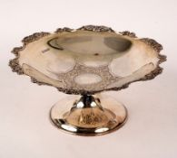 An Edwardian silver tazza, Cooper Brothers & Sons, Sheffield 1906 with wavy rim, 21cm diameter,