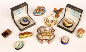 A French enamel box depicting chickens in a farmyard, marked Sceaux, a small tortoiseshell box,