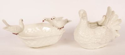 A Costa Bassano octagonal bowl with three doves around the rim,