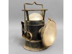 A British railway worker lamp light, 8.25in