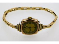 A ladies 9ct gold Martyns of Looe wrist watch & st