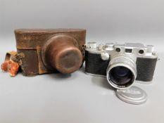 A cased Leica DRP Ernst Leitz Wetzlar nr. 381525 3