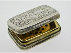 A Georgian 1806 Birmingham silver vinaigrette by S