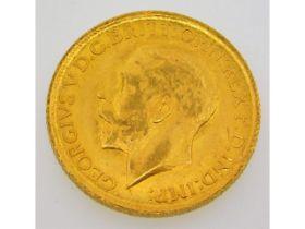 A 1911 full gold sovereign, 8g