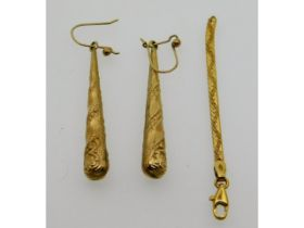 A pair of 9ct gold earrings (tested) & a part of a