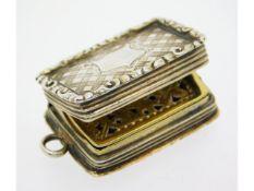 An early Victorian c.1840 Birmingham silver vinaig